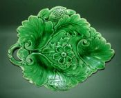Lovely Green Majolica 'Poppy and Scroll' Serving Dish c1860 #1